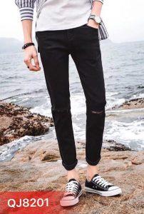 Mix quần jeans nam ấn tượng với 6 phóng cách này